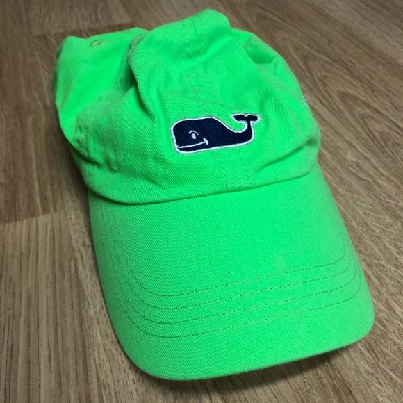 2c39d52337418 Neon green vineyard vines hat. M 5b3be4925c445216270d97b4
